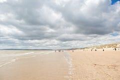 Sables de cambrure, cambrure : dunes et la plage photographie stock