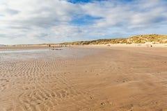 Sables de cambrure, East Sussex près de Rye, Angleterre images stock