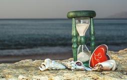 Sablier sur la plage marine, Eilat, Israël Image libre de droits