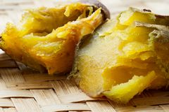Saboroso da batata doce japonesa roasted fotos de stock