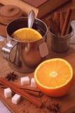 Sac à thé préparé dans la tasse métallique image stock