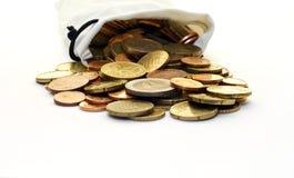 Sac blanc d'argent d'euro pièces de monnaie Images stock