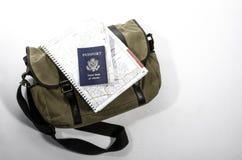 Sac de messager avec le passeport Image libre de droits