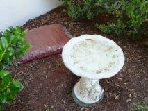 Sac de paillis de Cypress pour le jardin Photos stock
