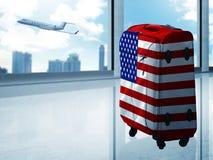 Sac de voyage sur l'aéroport Photos stock