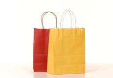 Sacchetti di acquisto e contenitore di regalo del nastro Fotografia Stock Libera da Diritti