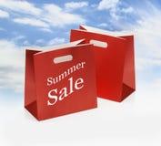 Sacchetti di acquisto rossi fotografie stock