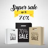 Sacchetto della spesa di carta con la promozione di vendita Fotografia Stock Libera da Diritti