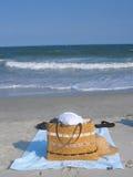 Sacchetto della spiaggia Immagini Stock Libere da Diritti