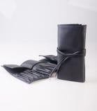 sacchetto di trucco o borsa del cosmetico su un fondo Fotografia Stock Libera da Diritti
