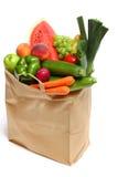 Sacchetto in pieno delle frutta e delle verdure sane Fotografie Stock Libere da Diritti
