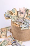 Sacco con le banconote in dollari Fotografie Stock Libere da Diritti