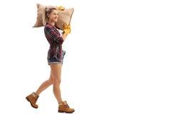 Sacco di camminata e di trasporto dell'agricoltore femminile della tela da imballaggio Fotografia Stock