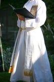 sacerdote Imágenes de archivo libres de regalías
