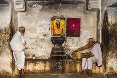 Sacerdotes hindúes foto de archivo libre de regalías
