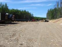 Sachalin, Russland - 18. Juli 2014: Bau der Erdgasleitung auf dem Boden Stockbild
