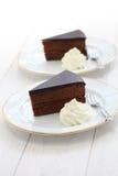 Sachertorte casalingo, dolce di cioccolato austriaco immagini stock