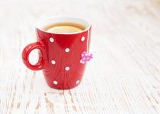 Sachet à thé avec l'étiquette en forme de coeur Photos stock