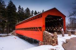 Sachs überdachte Brücke während des Winters, nahe Gettysburg, Pennsy lizenzfreies stockbild