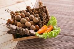 Saciar jeroan Culinária tradicional indonésia Imagens de Stock Royalty Free