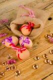 Sack mit Ostereiern lizenzfreies stockfoto