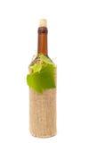 sackcloth μπουκαλιών άσπρο κρασί Στοκ Φωτογραφίες