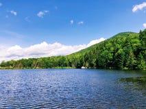Saco湖在克劳福德山谷的夏天视图 库存图片