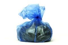Saco azul dos desperdícios Imagem de Stock Royalty Free