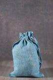 Saco azul suave del yute Fotografía de archivo libre de regalías