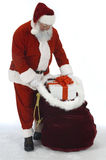 Saco da abertura de Santa de brinquedos foto de stock royalty free