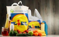 Saco de compras e produtos plásticos originais de Lidl Imagens de Stock Royalty Free