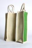Saco de compras feito fora do saco reciclado da juta Fotos de Stock