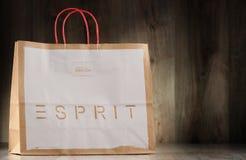 Saco de compras original do papel de Esprit Fotografia de Stock Royalty Free