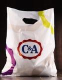 Saco de compras original do plástico de C&A foto de stock royalty free