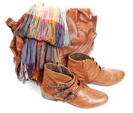 Saco de couro de Brown, lenço e carregadores femininos dos pares Imagens de Stock Royalty Free