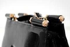 Saco de couro do ` s das mulheres em um background12 branco Foto de Stock