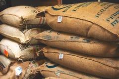 Saco de la arpillera de los tostadores de caf? de Portola imágenes de archivo libres de regalías