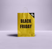 Saco de papel de Black Friday Foto de Stock Royalty Free