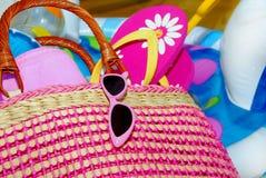 Saco e acessórios da praia Imagem de Stock Royalty Free