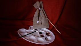Saco e paleta de linho com pinturas Foto de Stock Royalty Free