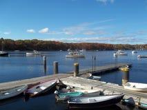 Saco-Fluss-Lager ellis fallen in Maine-Fischendock Lizenzfreie Stockfotografie