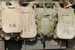 Sacos americanos velhos do exército fotos de stock royalty free