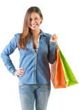 Sacos de compra carreg da mulher Fotografia de Stock