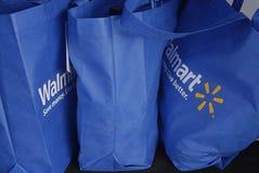 Sacos de compras de HAWAII_USA_Walmart Fotos de Stock