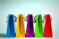 Sacos de compras em seguido Fotografia de Stock