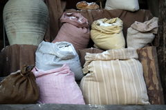 Sacos de grano y de harina Fotos de archivo libres de regalías