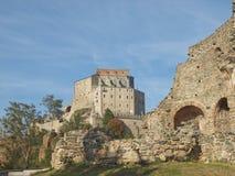 Sacra di San Michele abbotskloster Arkivbilder
