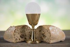 Sacramento de la comunión, símbolo de la eucaristía Imagen de archivo
