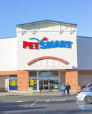 SACRAMENTO, USA - DECEMBER 21:  Pet Smart store entrance on Dece Royalty Free Stock Photography