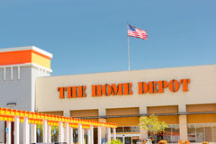 SACRAMENTO, USA - 5. SEPTEMBER: Home Depot speichern Eingang an Stockfotografie